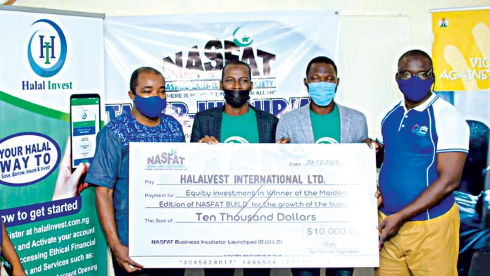Halal Invest Wins $10,000 Grant at Business Incubation Competition