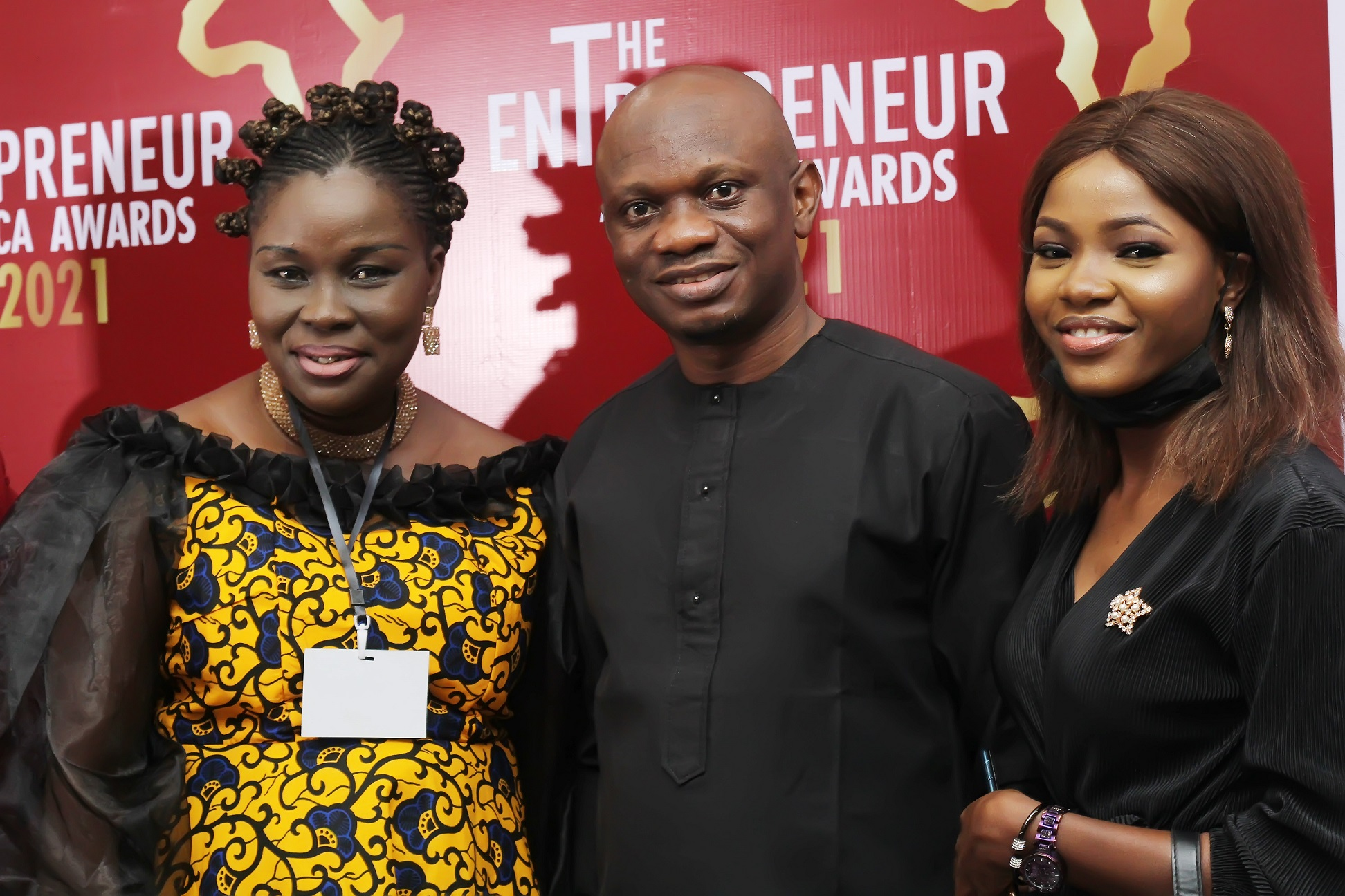 :L-R Temitope Akeju, CEO, Decortales, Seye Olurotimi, Founder, MSME Africa and Mercy Alao, Community Manager,MSME Africa at the Entrepreneurs Africa Awards 2021